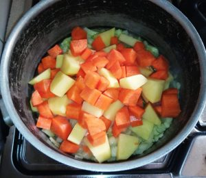 stufato curry potcart image
